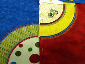 Quilt blanket embroidery design zoom
